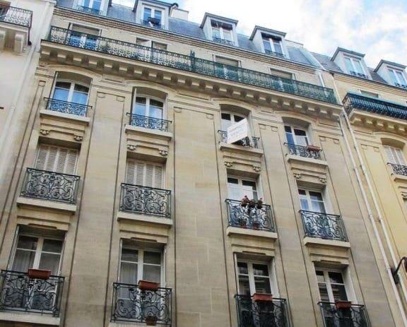 Facade d'immeuble à Paris 18ème