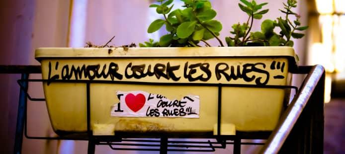 balcon romantique à Paris