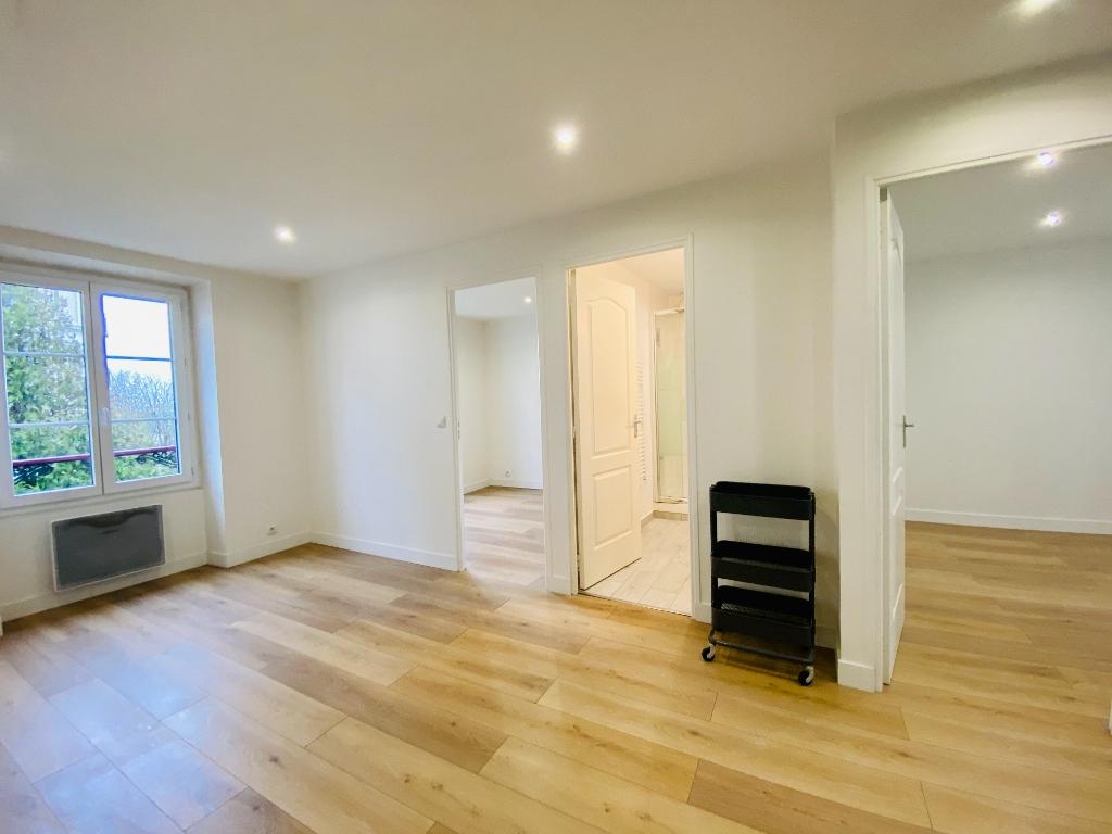 3 Rooms -36.79m² 1