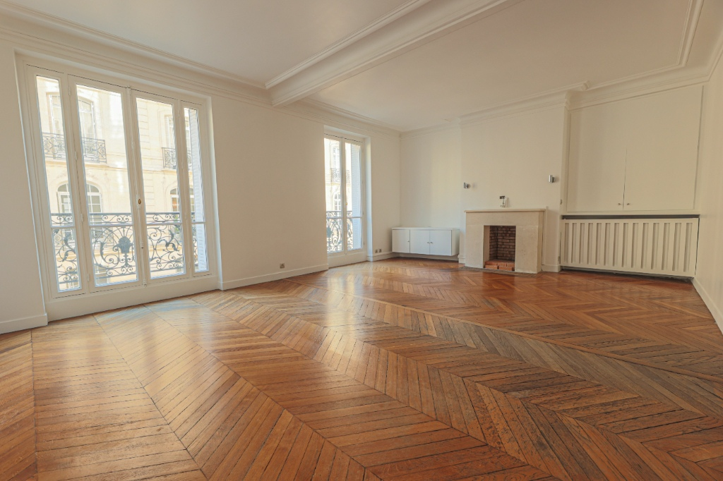 Paris 7th Apartment – 3/4 Rooms 91 m2 1