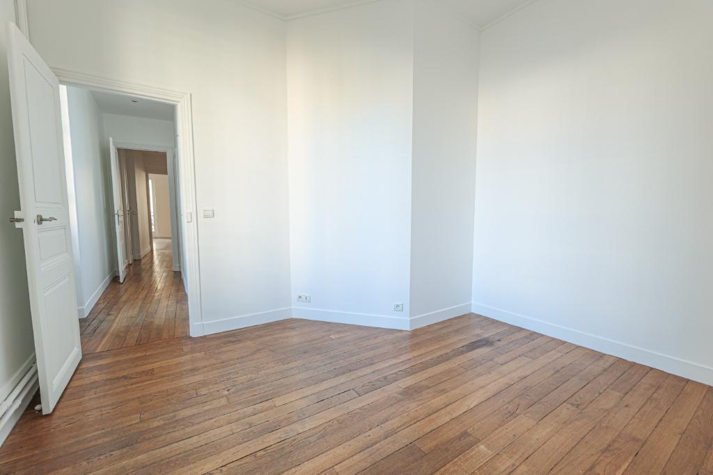 Paris 7th Apartment – 3/4 Rooms 91 m2 7