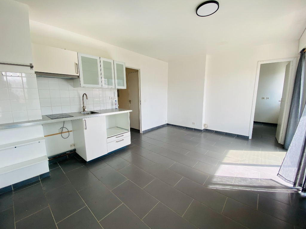 Two rooms of 29 m² – Courbevoie 3