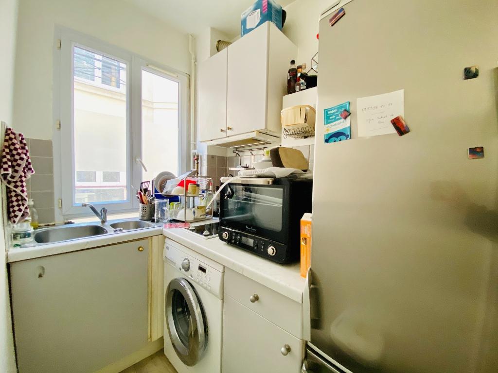 Appartement Paris 2 pièce(s) 26.5 m2 2