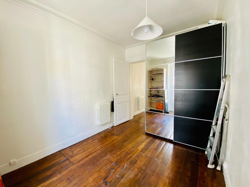 Appartement Paris 2 pièce(s) 26.5 m2 4