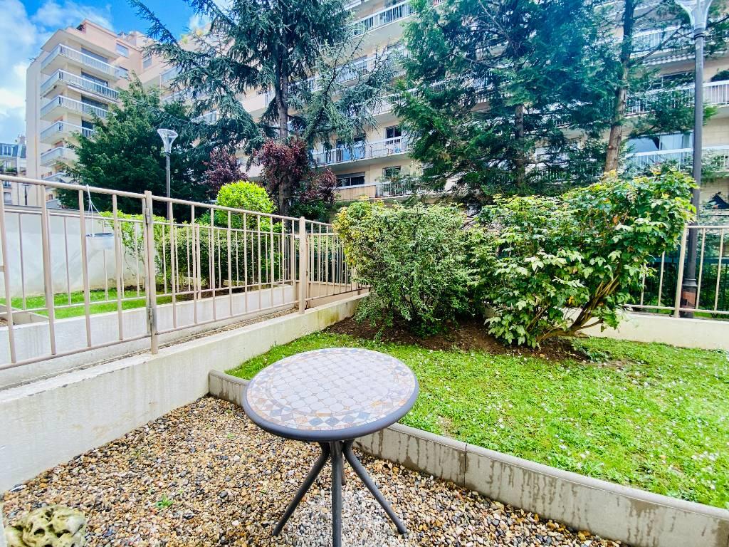 Appartement Paris 1 pièce 22 m² 7