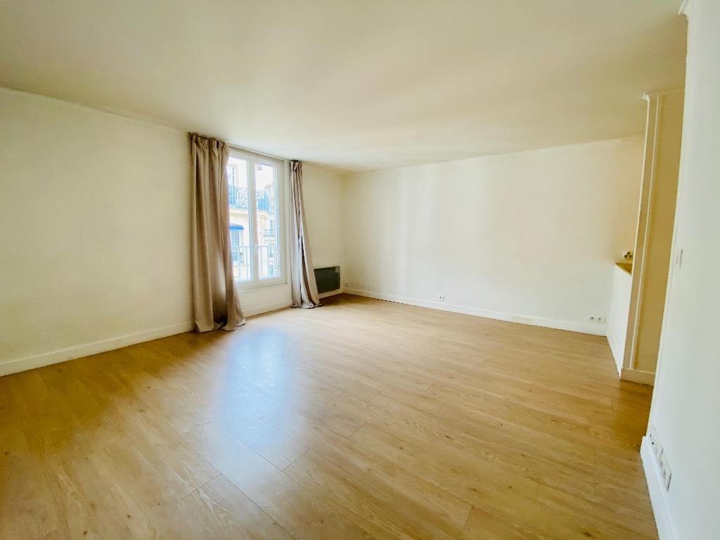 Apartment Paris 1 room (s) 29.55 m2 2