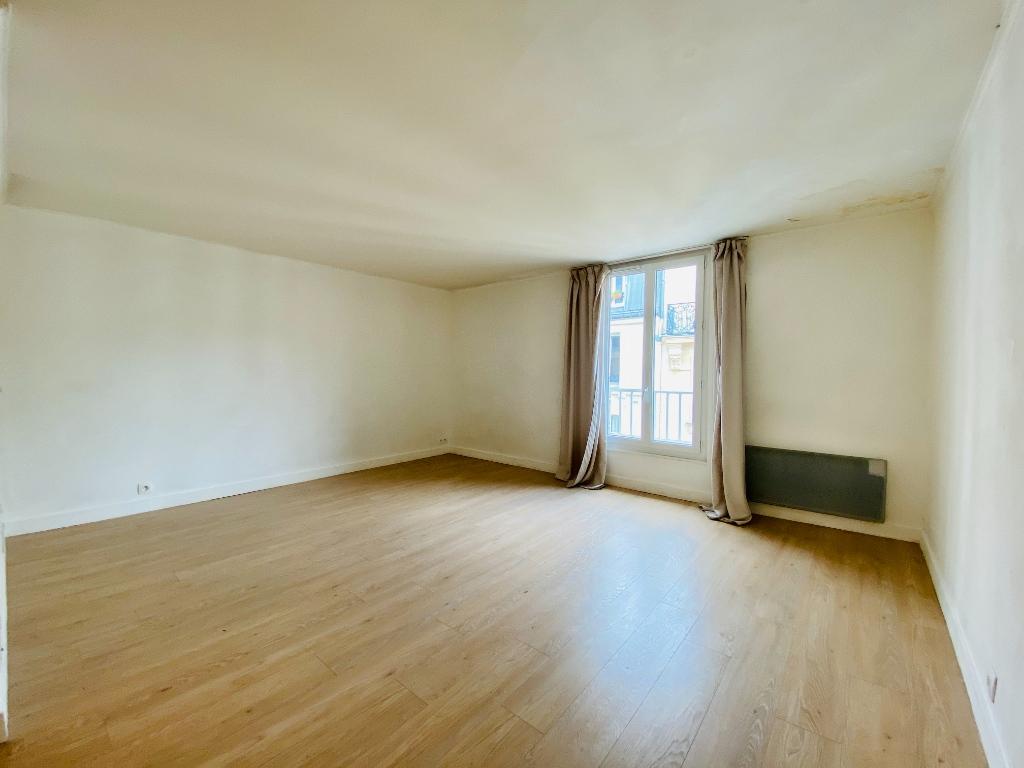 Apartment Paris 1 room (s) 29.55 m2 3