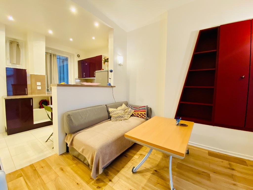1/2 rooms – 23m² – Paris 18th – ABBESSES 1