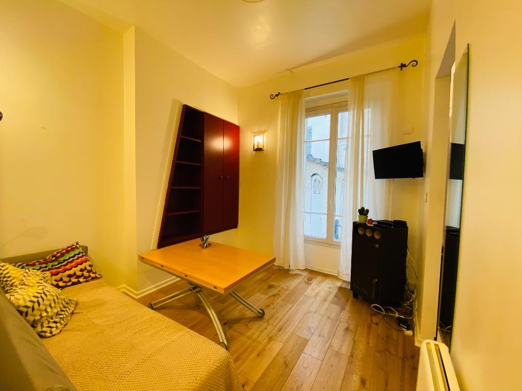 1/2 rooms – 23m² – Paris 18th – ABBESSES 2
