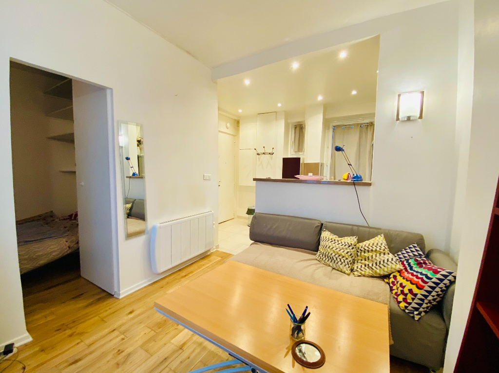 1/2 rooms – 23m² – Paris 18th – ABBESSES 6