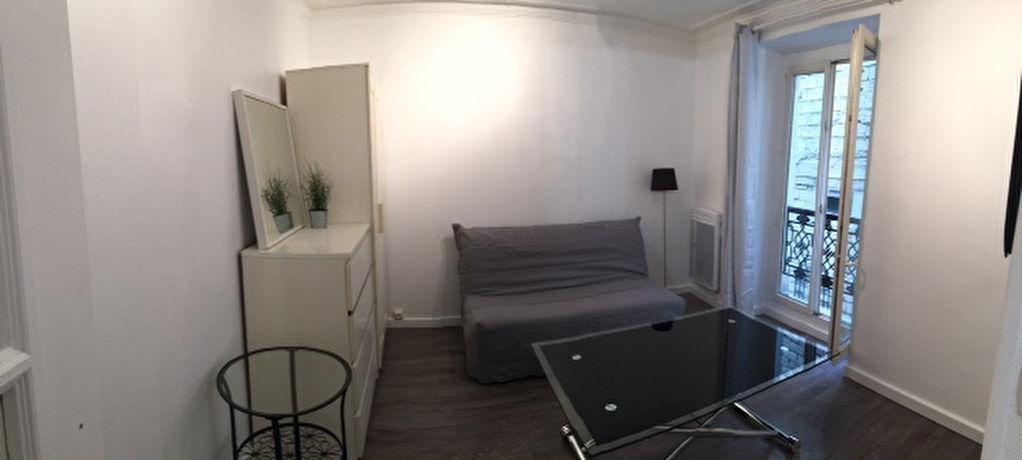 Studio meublé – Abbesses Paris 18ème 1