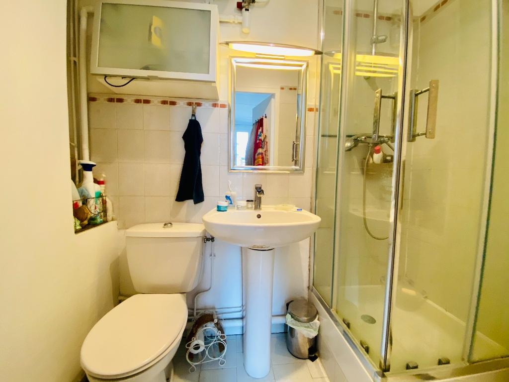 Paris apartment 2 rooms – PARIS XVIII 3