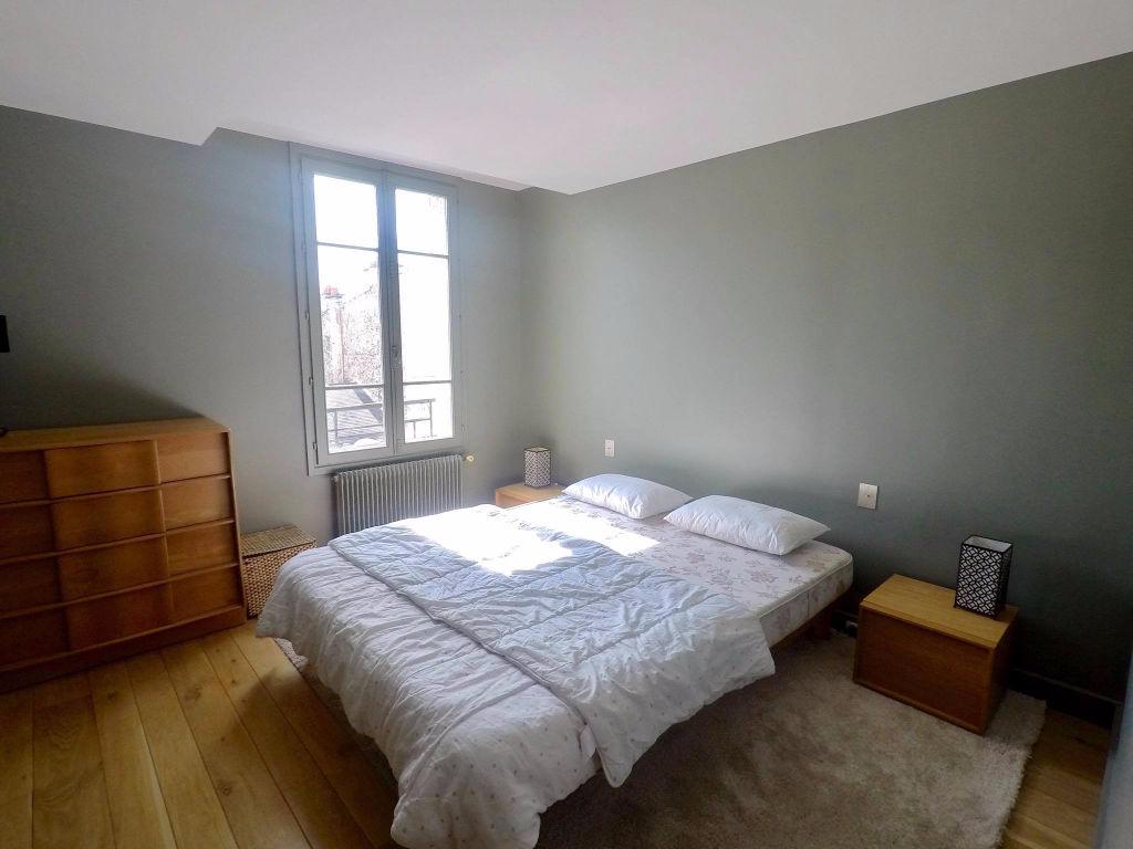 Duplex 91 m² aux Abbesses 7