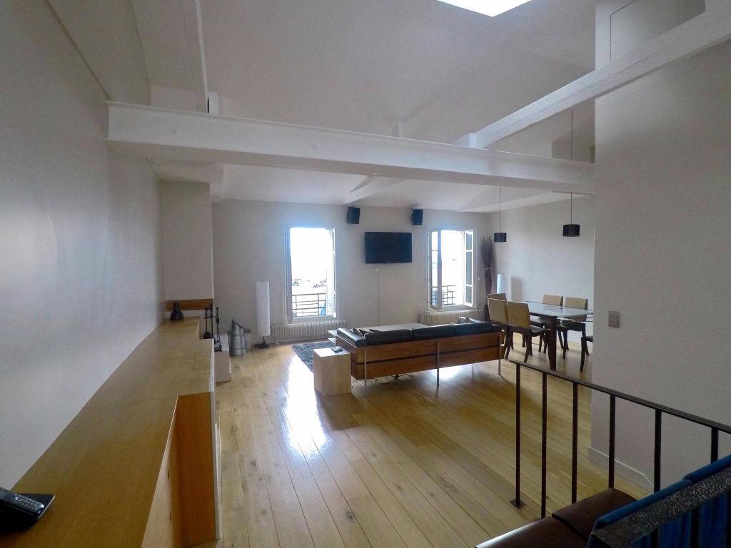 Duplex 91 m² aux Abbesses 8
