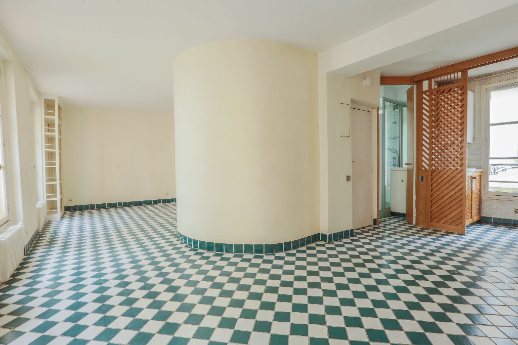 Rue Berthe 2 room (s) 40 m2 3