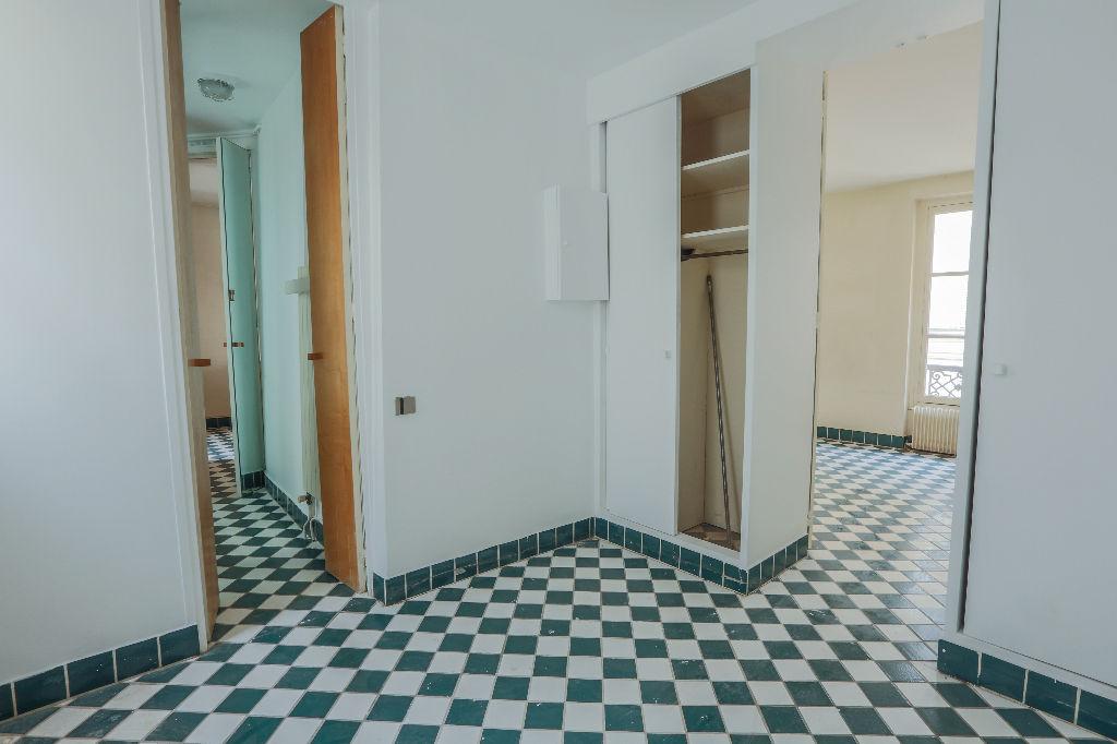 Rue Berthe 2 room (s) 40 m2 6
