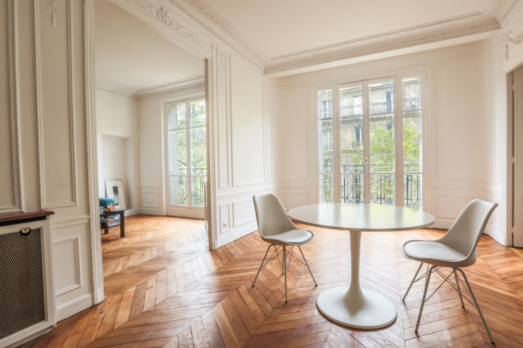 Rue Caulaincourt: Beautiful family apartment of 5 rooms 3