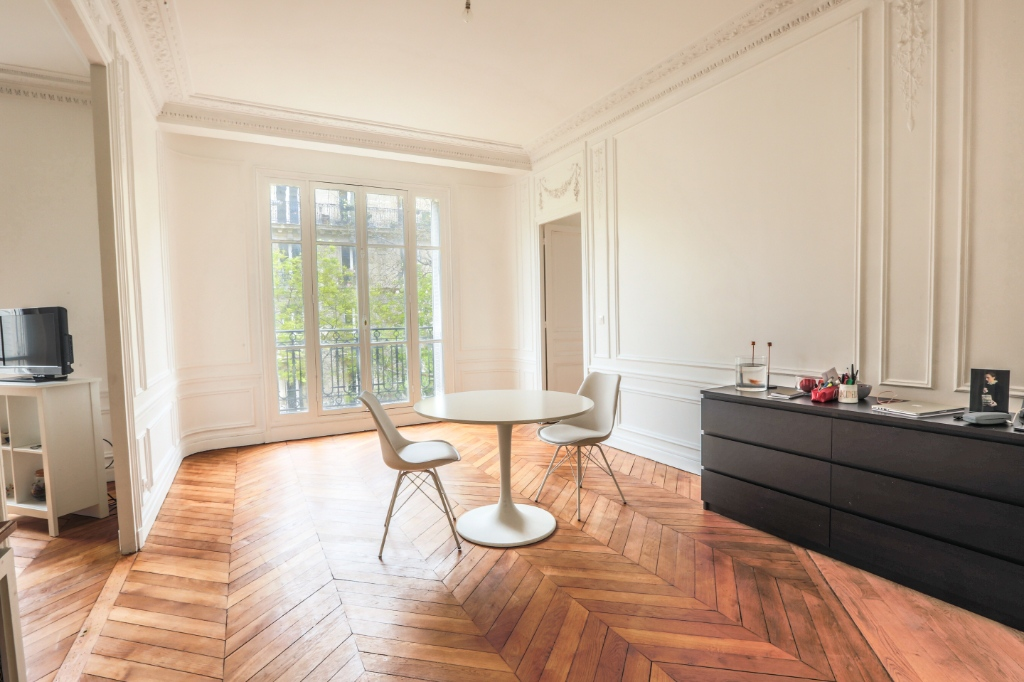 Rue Caulaincourt: Magnificent FAMILY apartment with 5 rooms 4