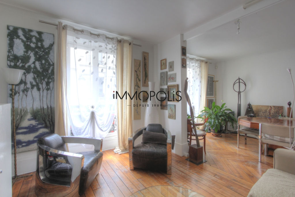 Very nice 2/3 rooms in Abbesses, full of charm, perfect plan: to see! 2