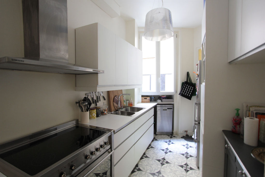 Rue Caulaincourt: Beautiful family apartment with 5 rooms 6