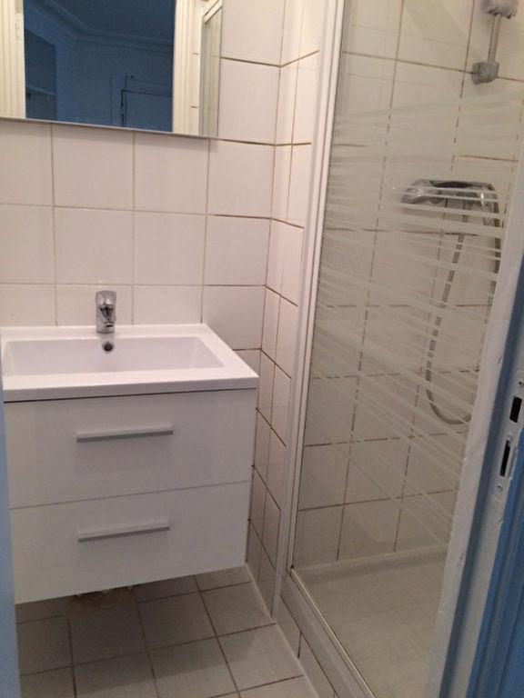 Apartment PARIS 18 – 1 empty room (s) – 15 m2 5