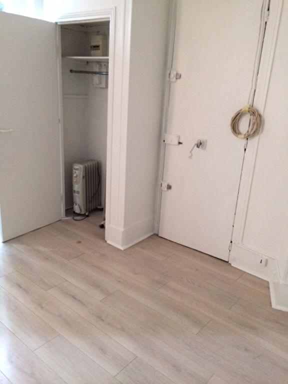 Apartment PARIS 18 – 1 empty room (s) – 15 m2 6