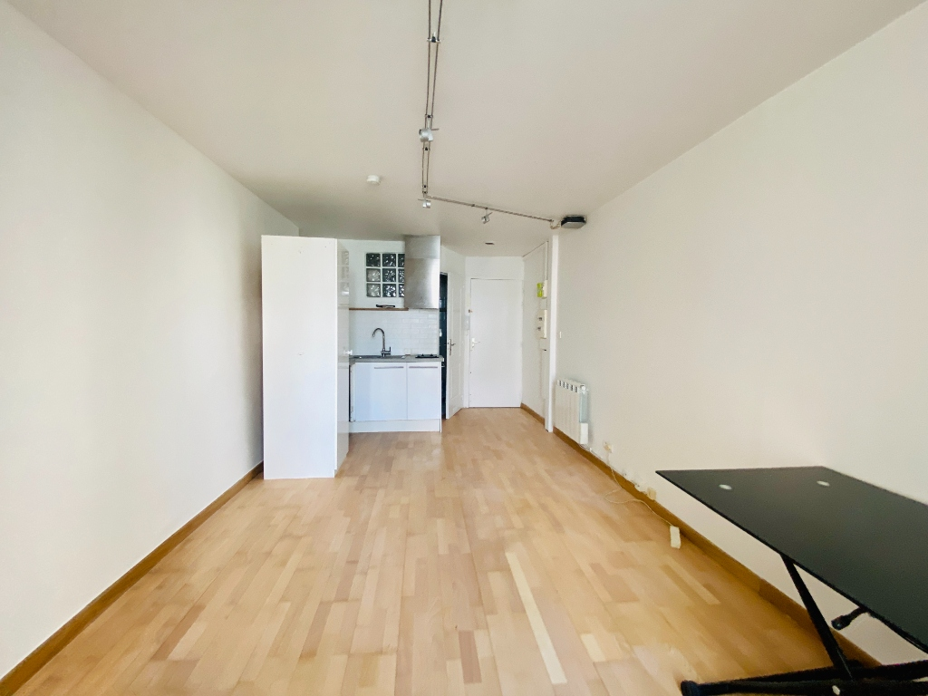 Non-furnished studio – 22 m² – Paris 18th 5