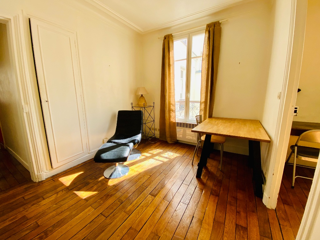 Two-piece apartment furnished – Montmartre 2