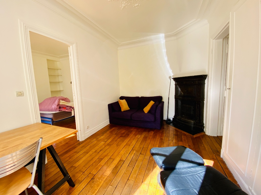 Two-piece apartment furnished – Montmartre 3