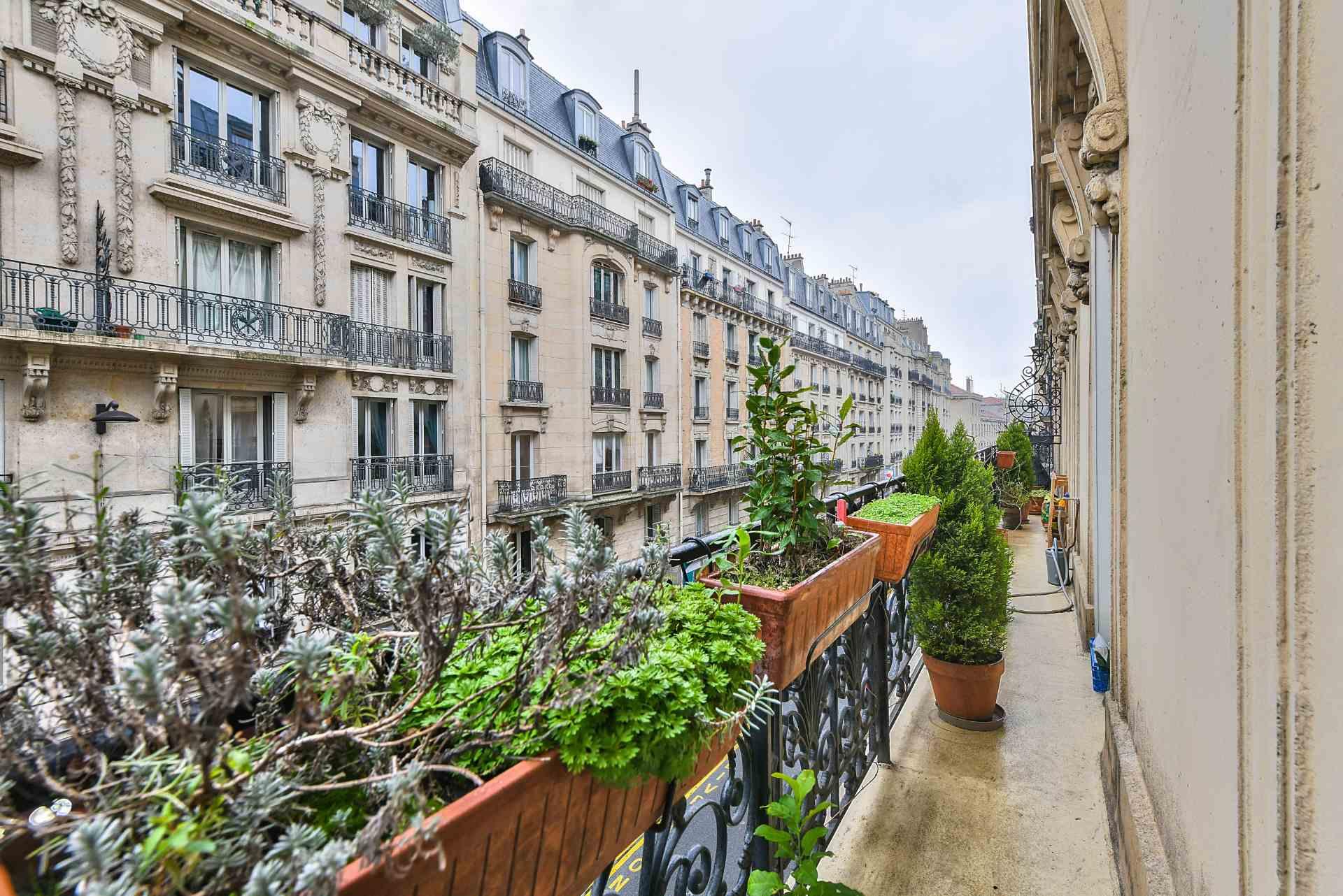 Appartement 3 pièces de 77m2 – Secteur Damrémont – Paris XVIII 9