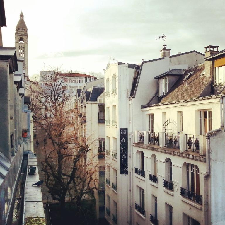 Studio Meublé Paris 18ème 8