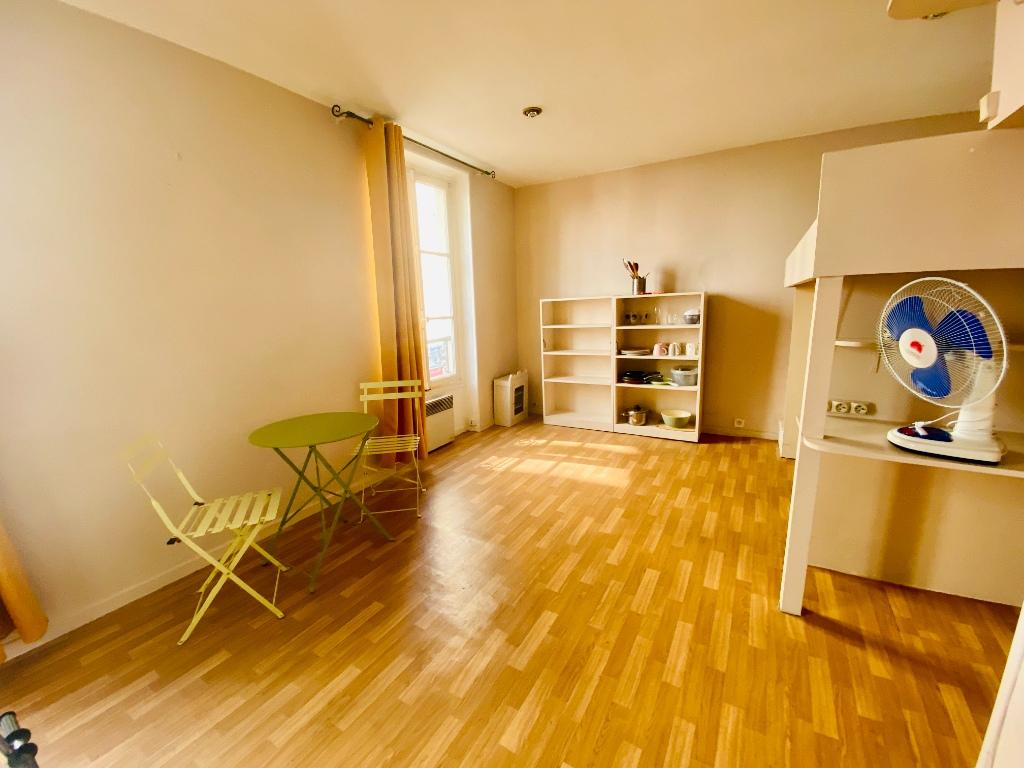 Appartement Montmartre  1 pièce(s) 21.32 m2 3