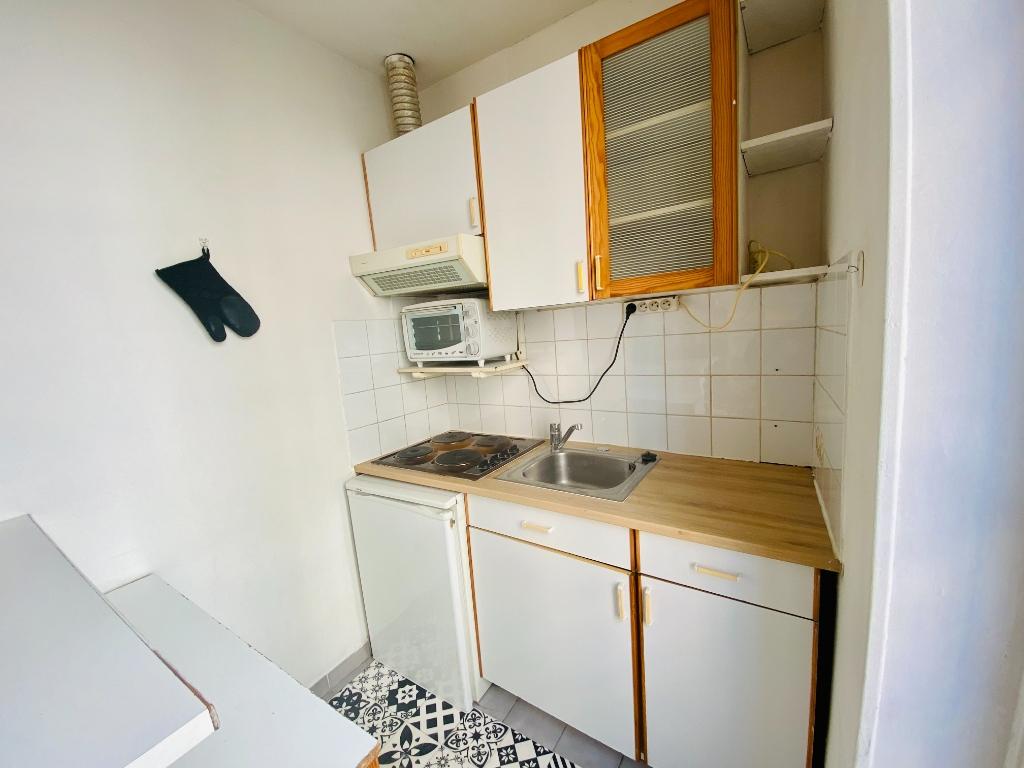 Appartement Montmartre  1 pièce(s) 21.32 m2 4