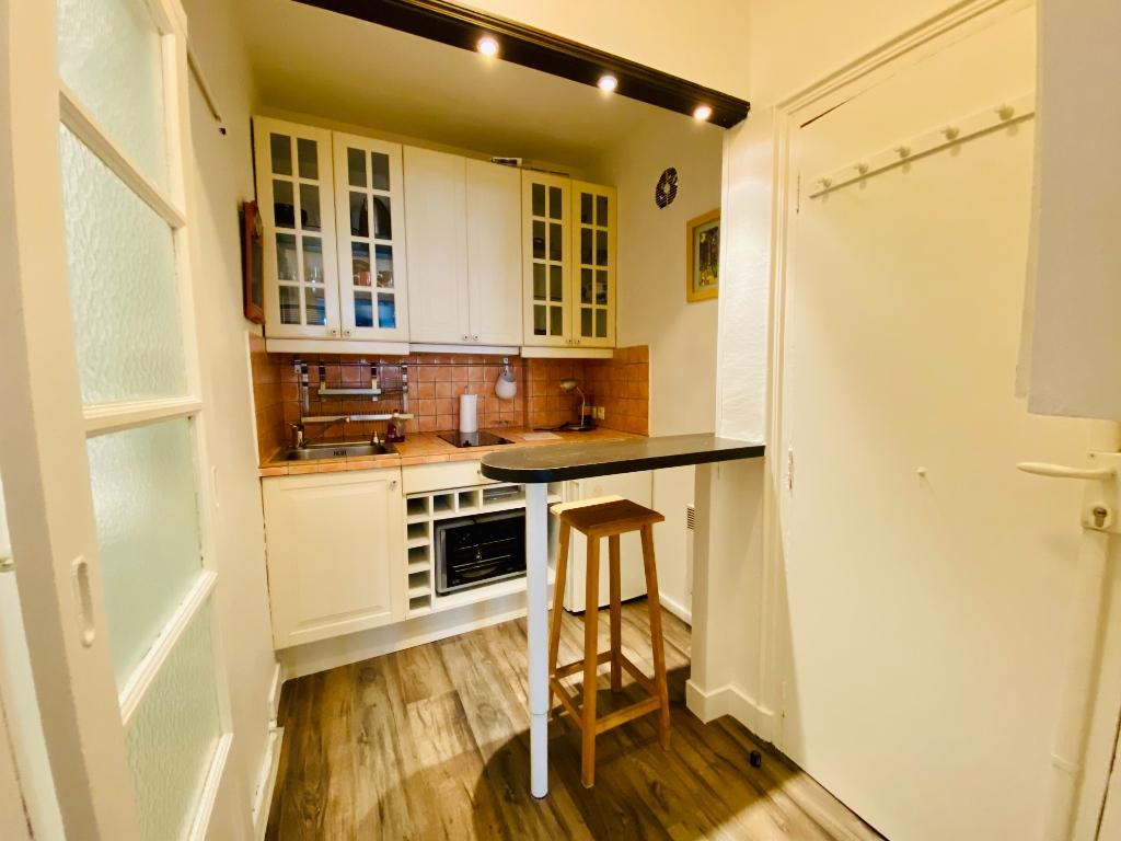 Appartement PARIS 18 – 1 pièce – 23 m2 3
