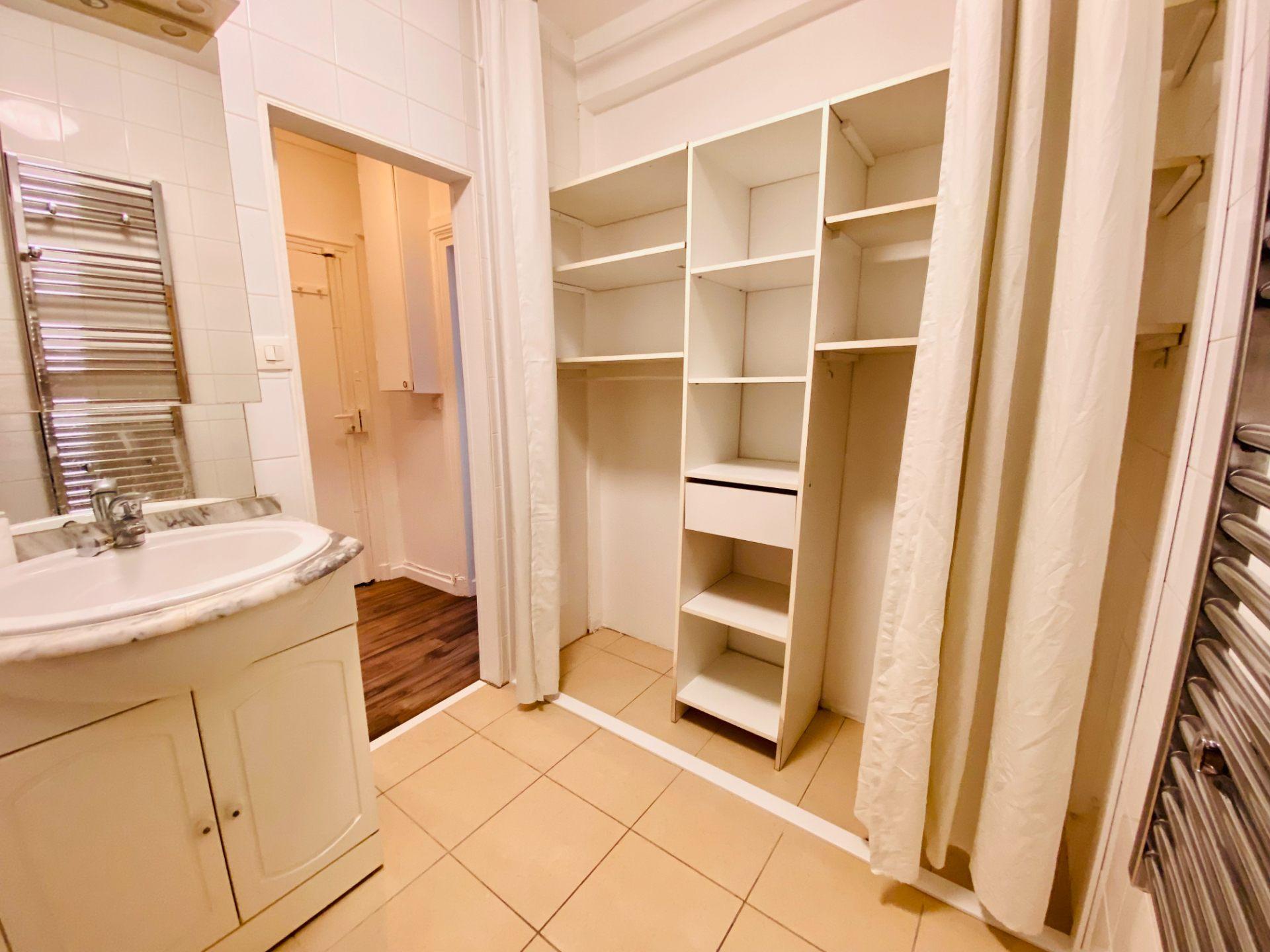 Appartement PARIS 18 – 1 pièce – 23 m2 6