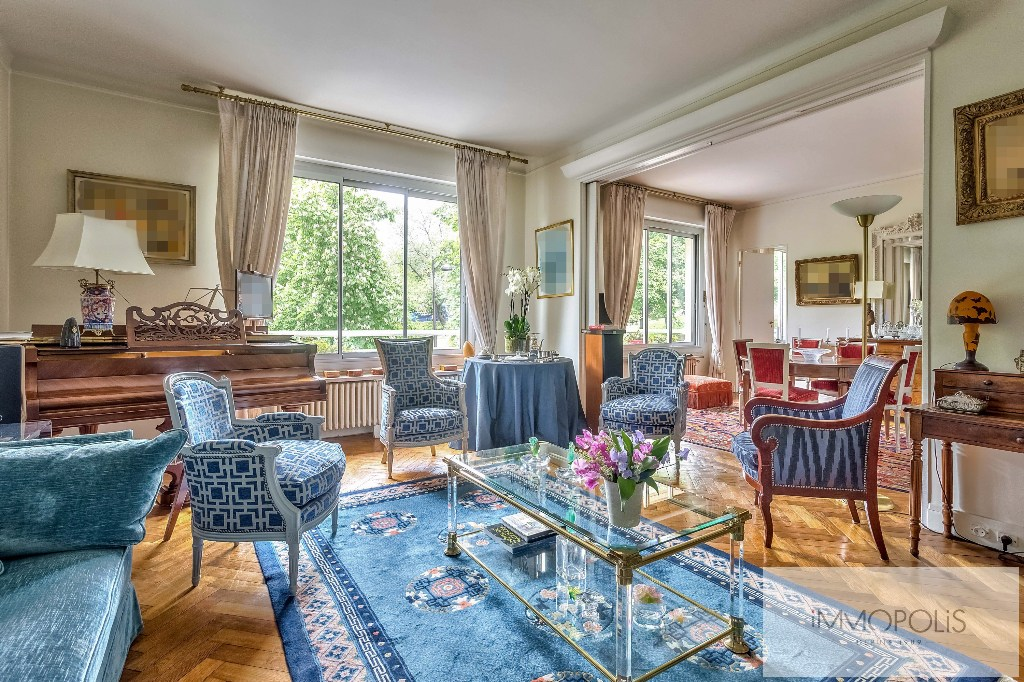 Prestigious apartment with open views of the Eiffel Tower – Paris XVI – Trocadero 1