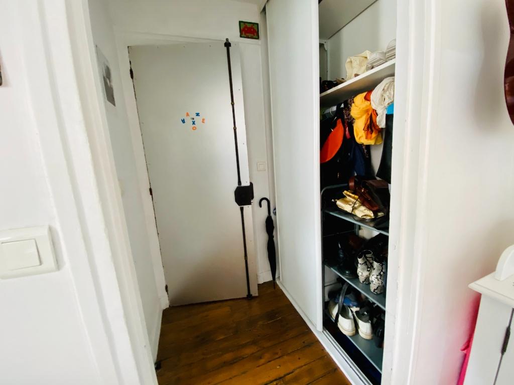 Furnished Studio 21m² Belleville 5