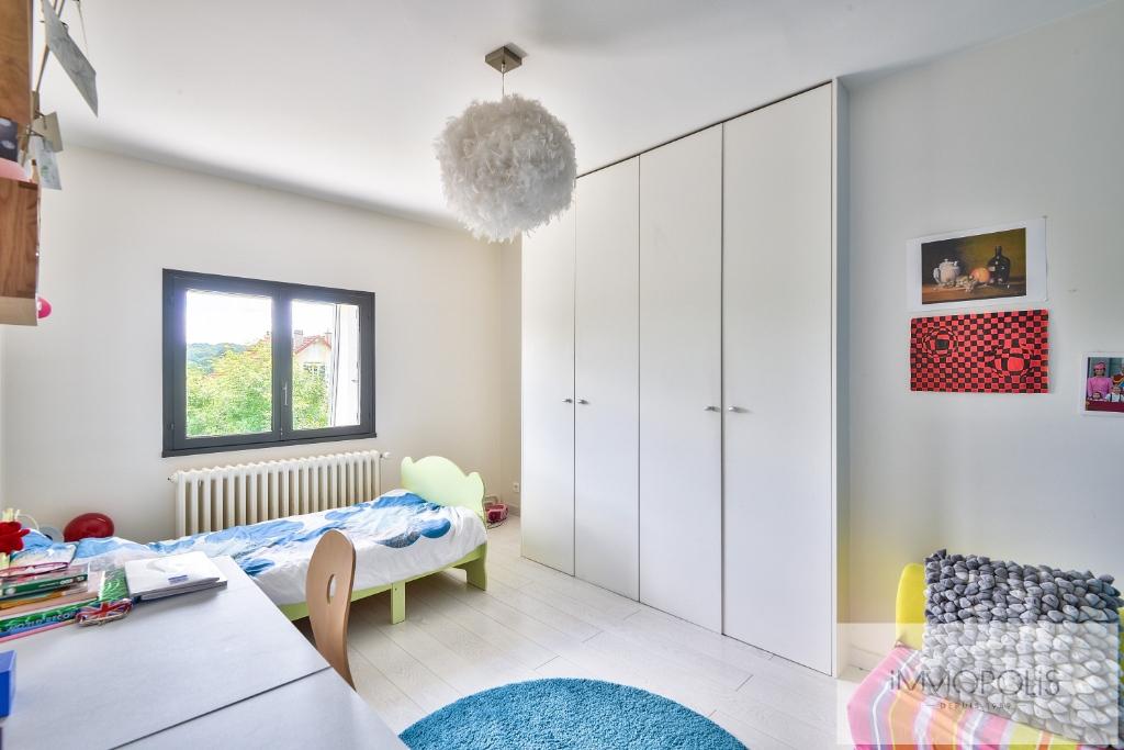 Maison La Celle St Cloud 6 pièce(s) 300 m2 6