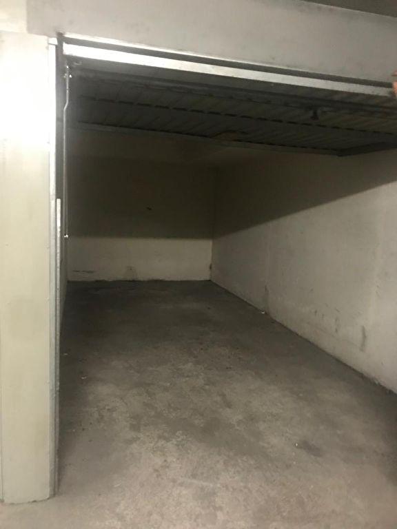 Parking Saint Ouen  3ème sous-sol 2