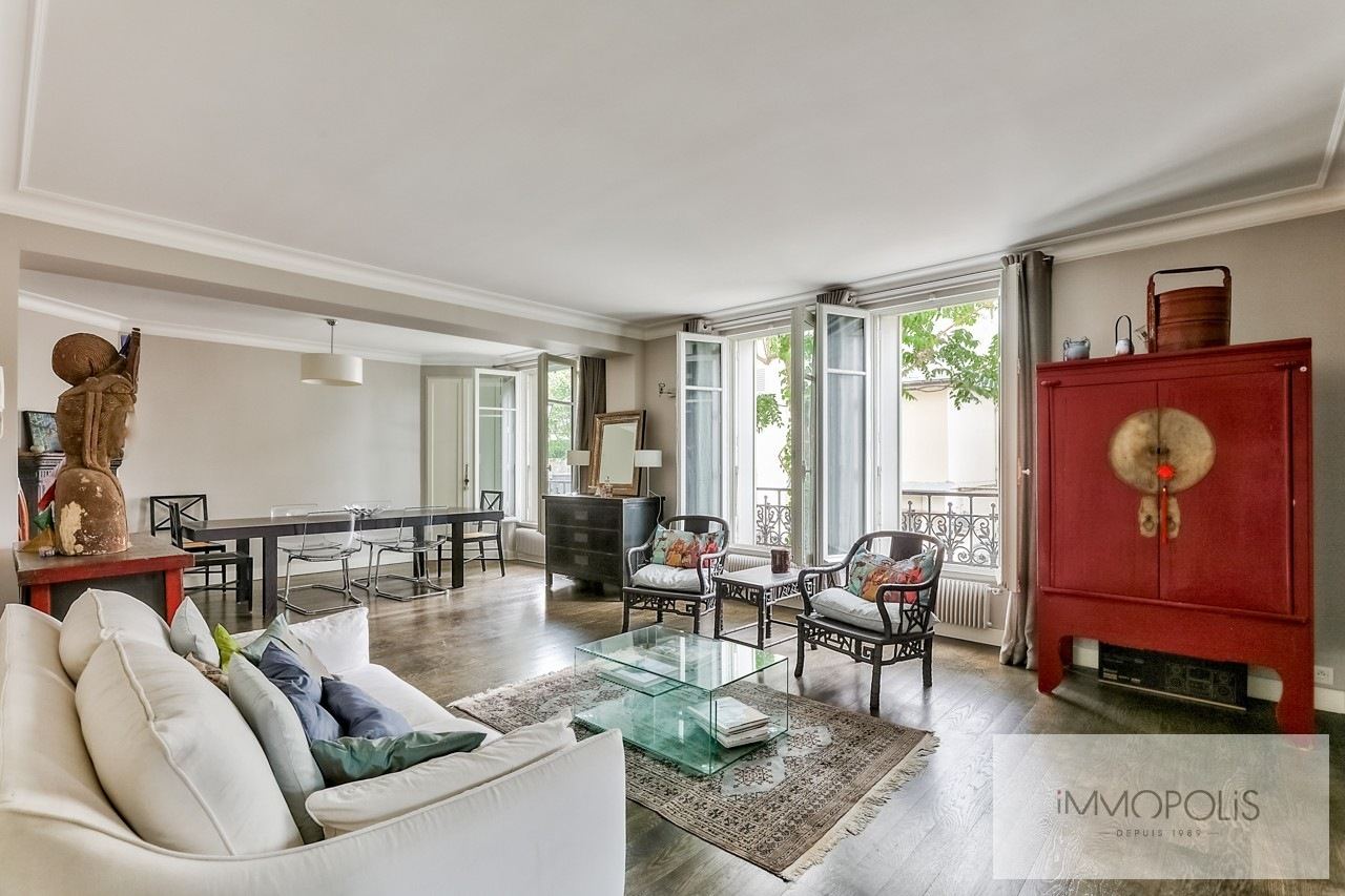 Appartement familial de 7 pièces – Haut Junot – Paris XVIII 1