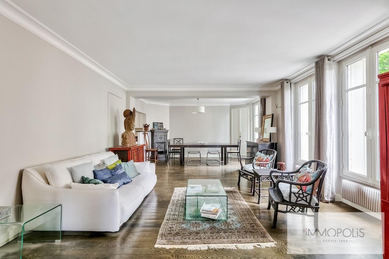 Family apartment of 7 rooms – Haut Junot – Paris XVIII 3