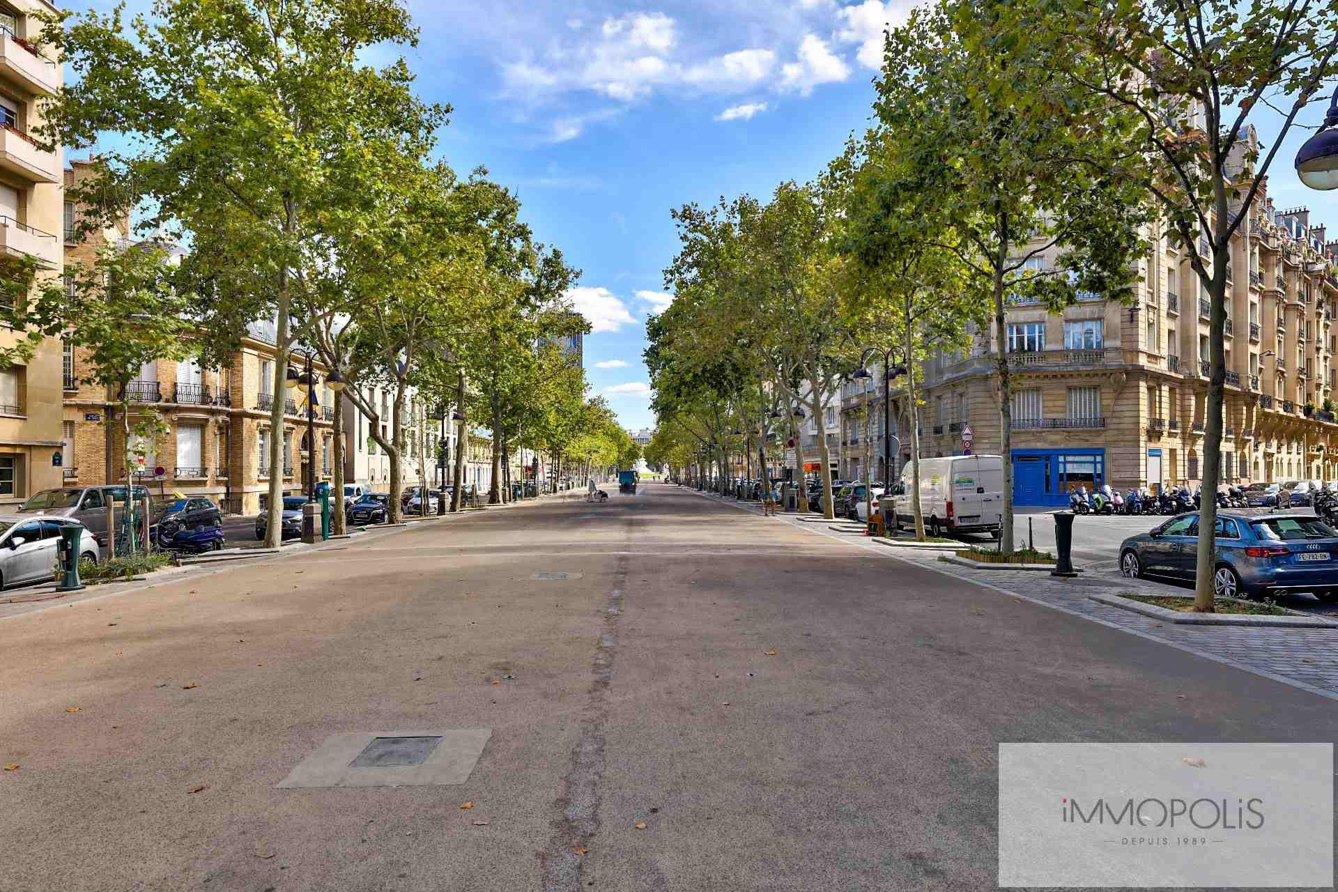 Appartement de 4 pièces à rafraichir – Avenue de Saxe – Paris VII 1