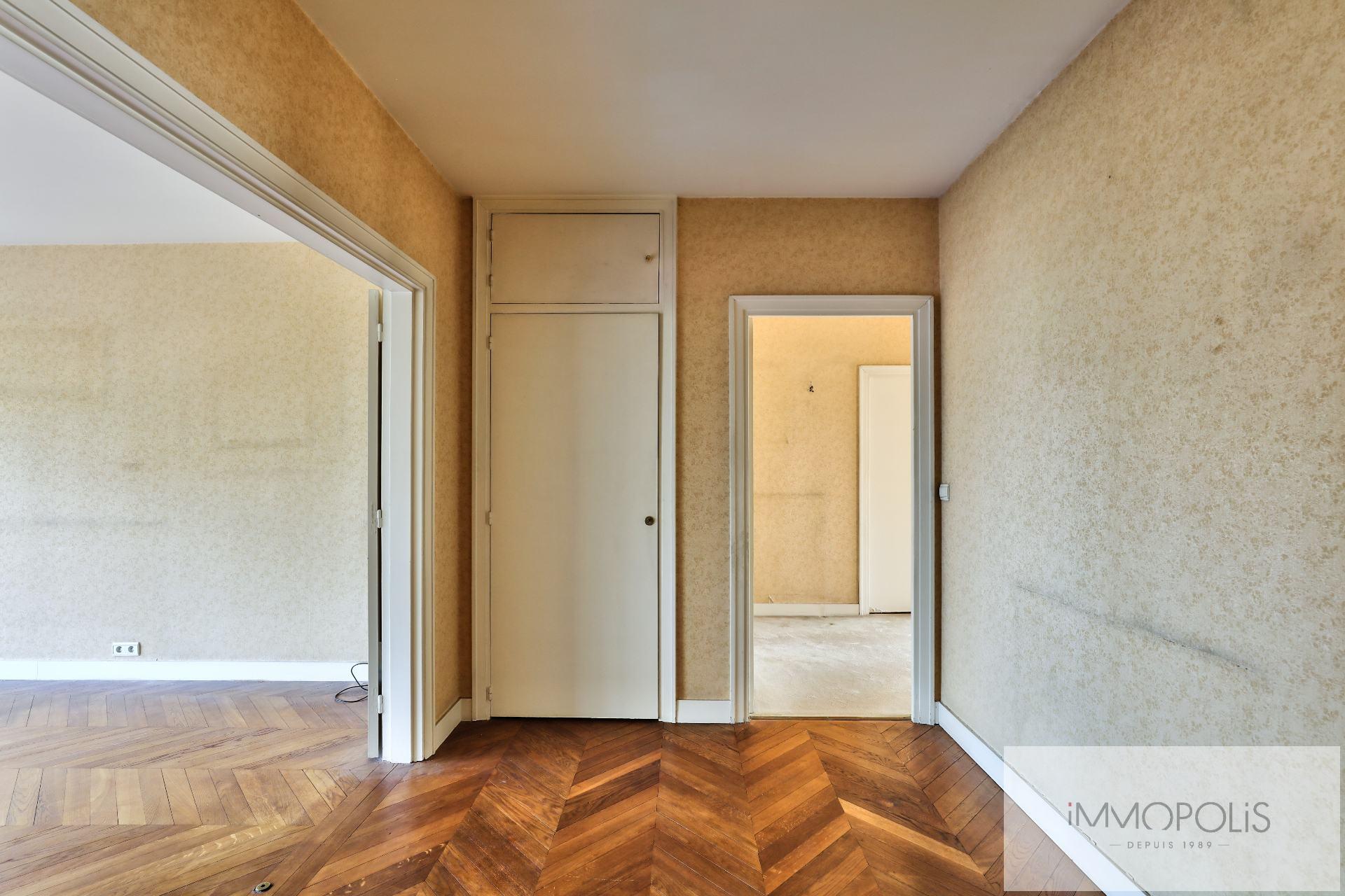 Appartement de 4 pièces à rafraichir – Avenue de Saxe – Paris VII 2