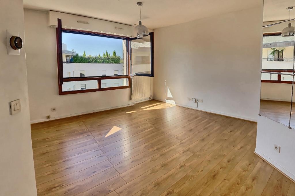Rueil Malmaison apartment 2 rooms 46 m2 2