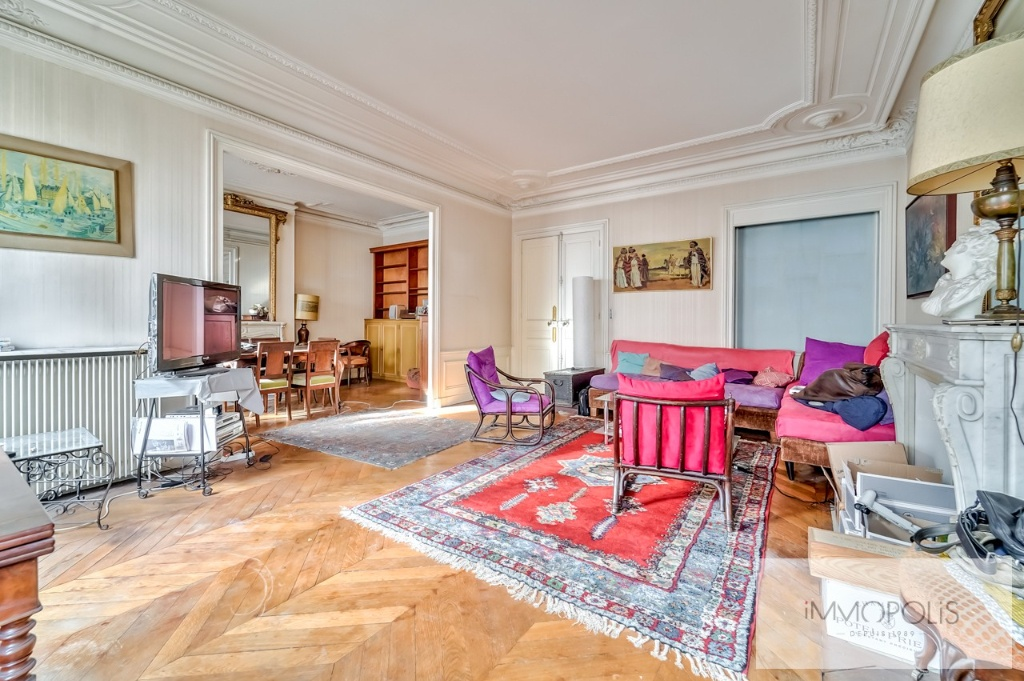St Quentin – Family apartment, 4 bedrooms possible, 3rd floor 3