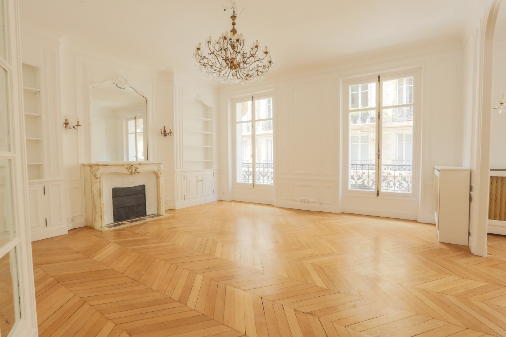 Appartement Paris 4 pièce(s) 167 m2 1