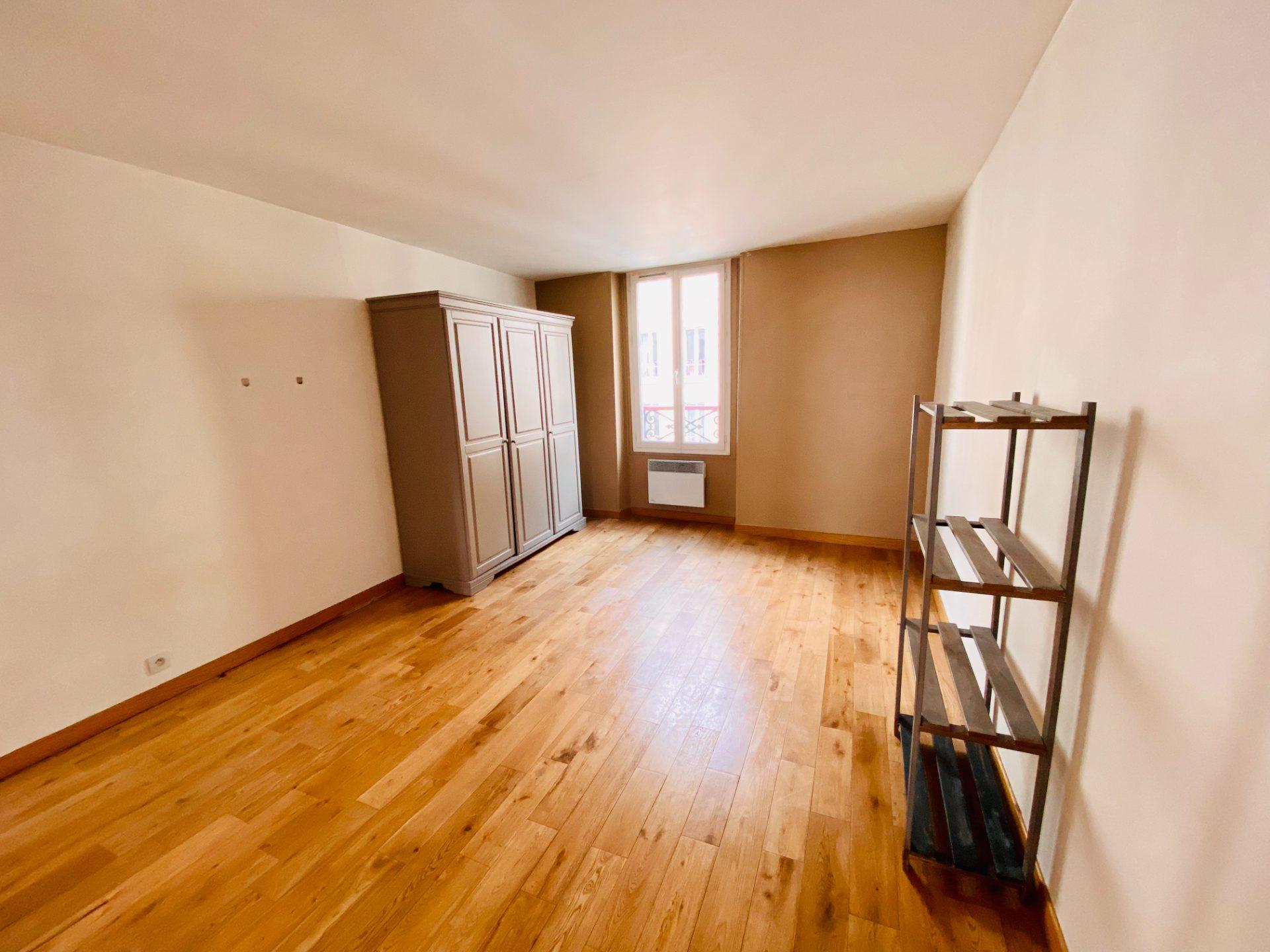 Apartment Paris 18 – 2 piece (s) – 28 m2 1