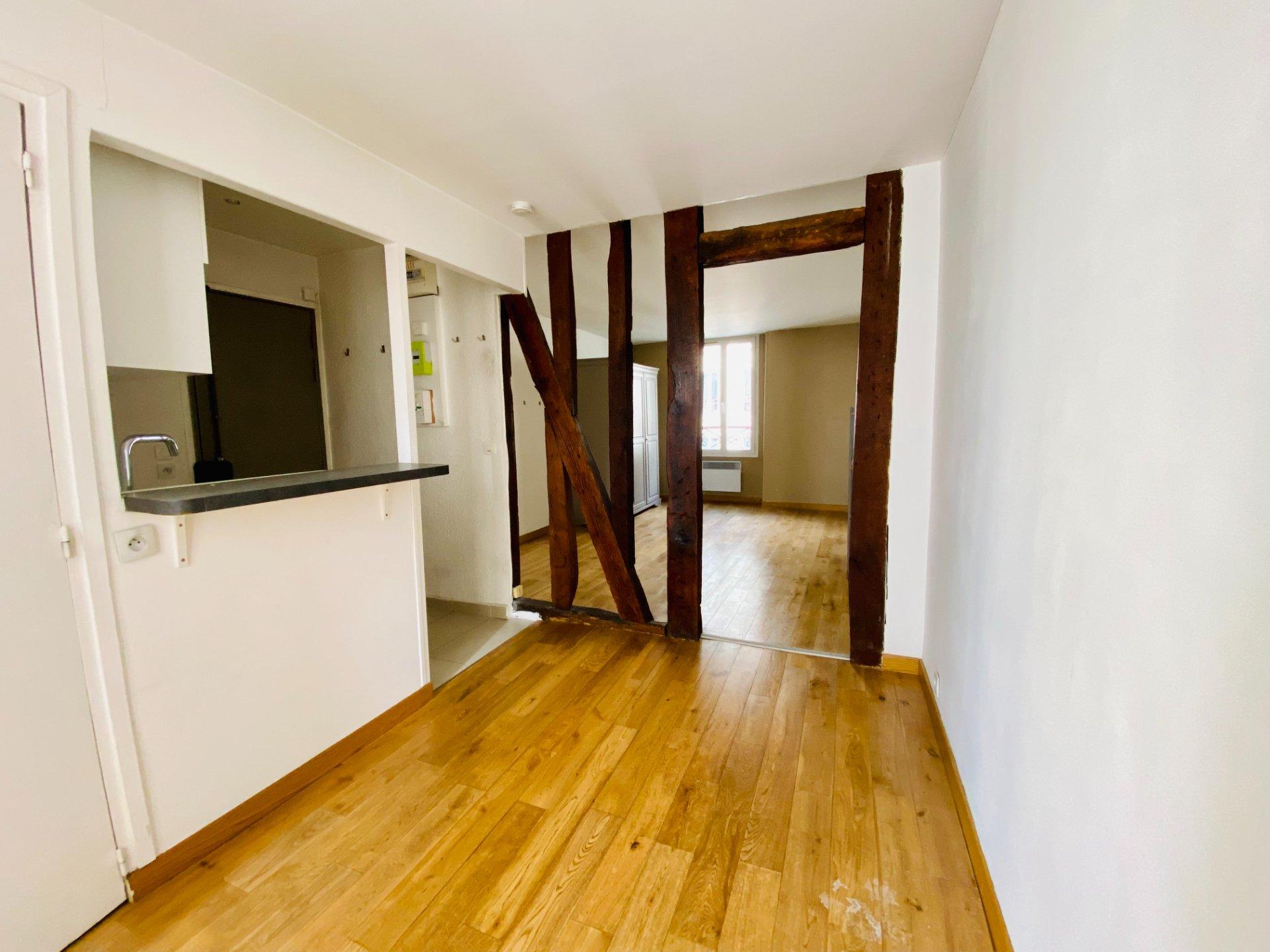 Apartment Paris 18 – 2 piece (s) – 28 m2 4
