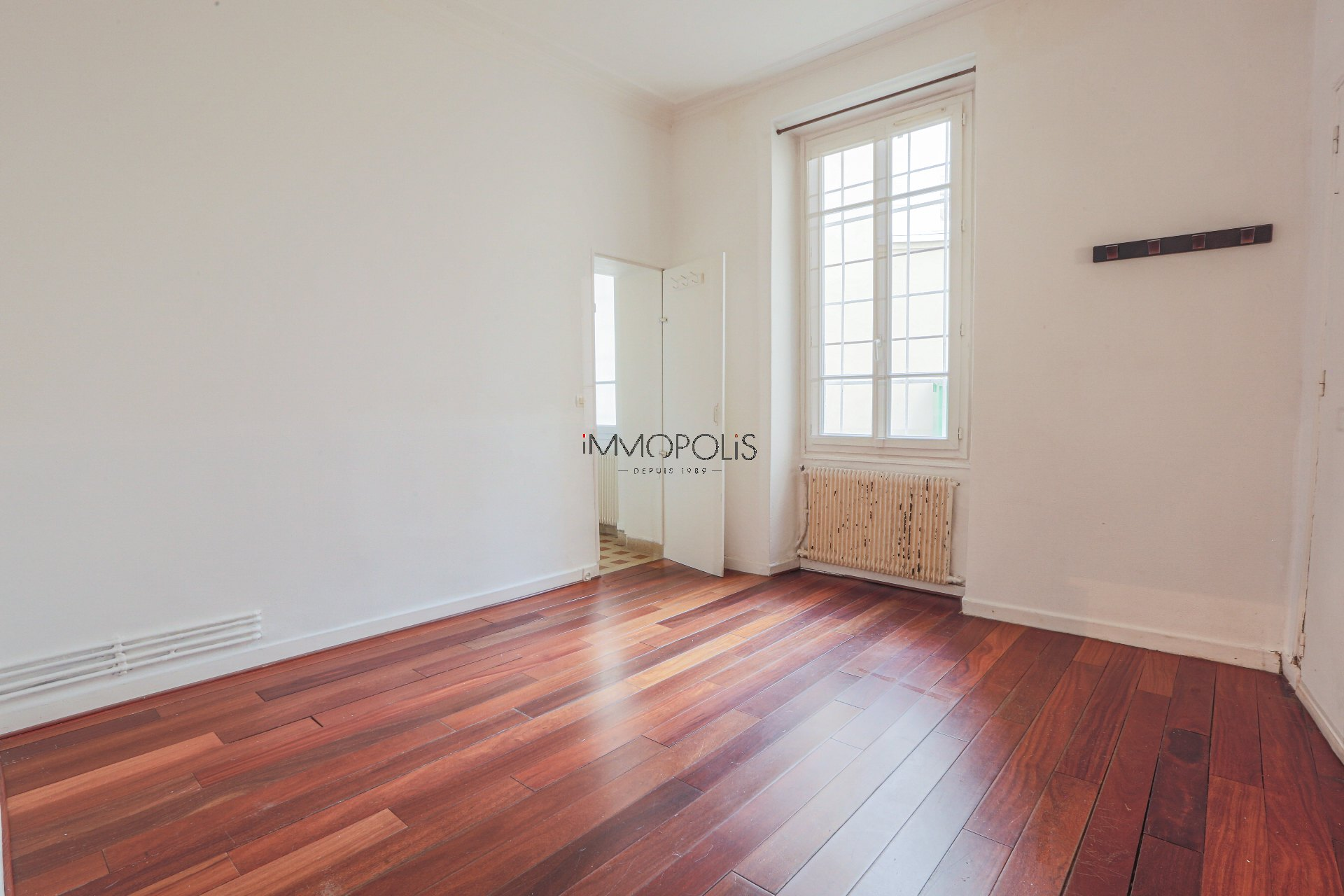 2 rooms of 29,02 M ² well placed in Montmartre! 1