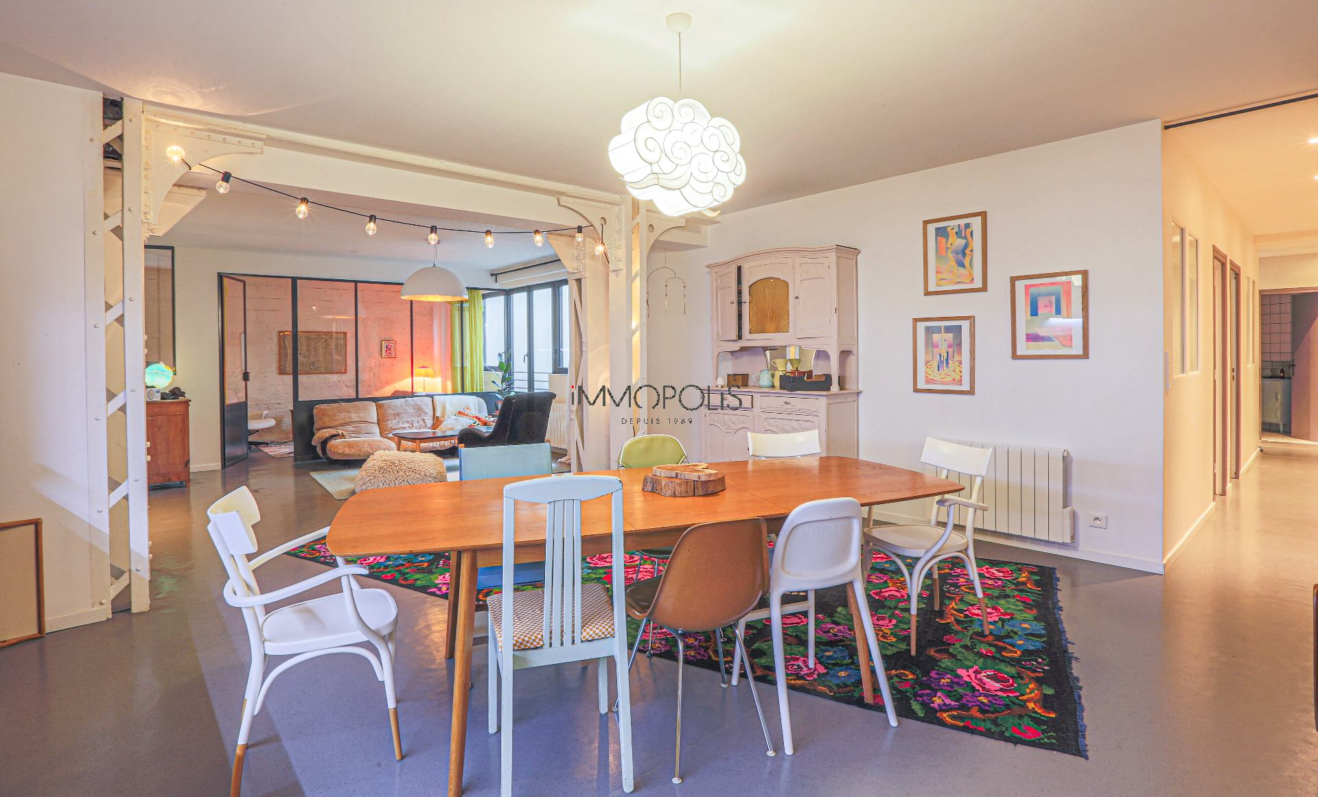 Very good food! Apartment 160 M² loft spirit / industrial « like a house »! 1